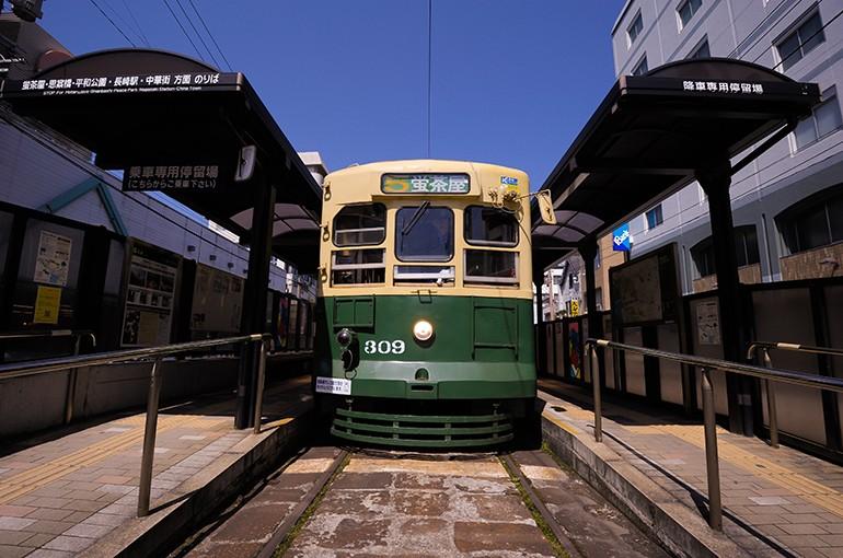 [Scene No.6] 長崎市民の足、路面電車
